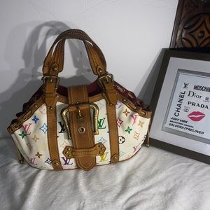 Louis Vuitton multi theda bag